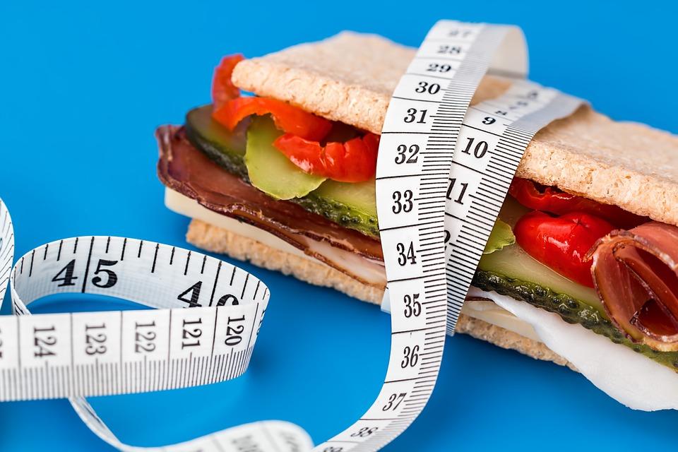 تأثير توقيت تناول الوجبات على انقاص الوزن